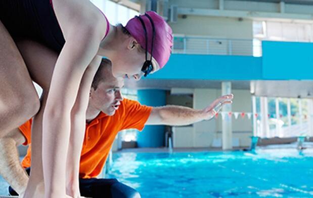 Curso de natación para adultos: 8 clases