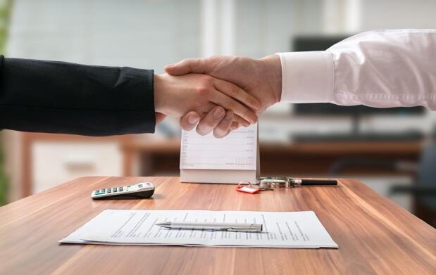Curso de contratos, nóminas y seguros sociales