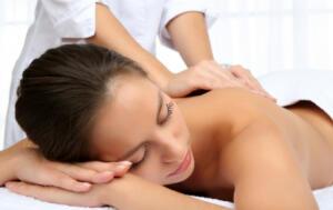 Benefíciate del masaje ayurvédico