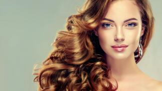 Renueva tu look con corte, hidratación y peinado