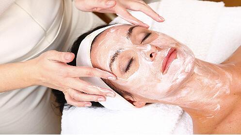 Lifting facial de reconstrucción celular y mesoterapia virtual