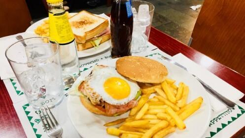 Menú para 2 con hamburguesa o sandwich o perrito