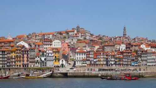 Viaja en pareja al Norte de Portugal el puente de San Juan de Sahagún
