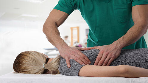 Dos sesiones de quiromasaje o masaje relajante