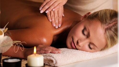 Relájate con dos masajes locales