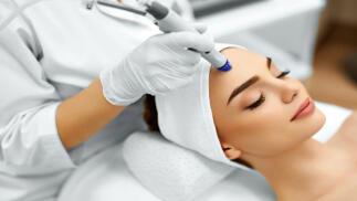 Regenera tu piel de los excesos con microdermoabrasión