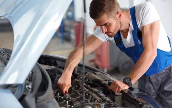 Cambio de aceite y filtro+ anticongelante + revisión de tu vehículo