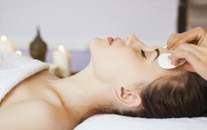 Tratamiento de higiene facial iluminadora