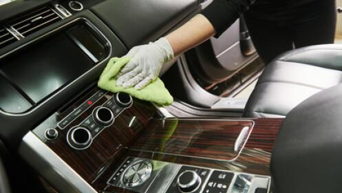 Limpieza tapiceria textil + limpieza textil de puertas delanteras y traseras