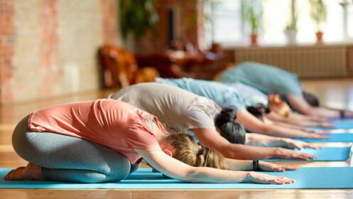 Bono de 4 clases de yoga para adultos