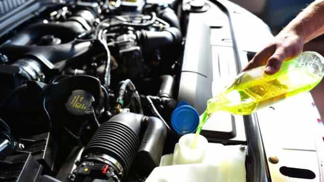 Cambio de aceite y filtro + revisión de tu vehículo
